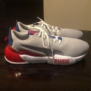 Puma cell chase tennis shoes
